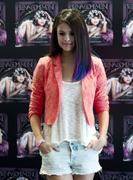 th 651155813 selena gomez 01 122 1003lo Selena Gomez   We Own The Night Tour photocall in Mexico City   01/26/12
