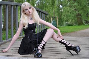 Maria-Amanda-Gothic-Doll-%5BZip%5D-t5lr1n42mf.jpg