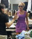 123mike HQ pictures of Victoria Th_03898_Victoria_Beckham_shopping_in_Beverly_Hills_055_123_127lo