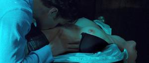 Madeline Zima ki boob ka kima! - from 'Californication' Foto 34 (Маделин Зима BOOB К. К. Ким! - от 'Californication' Фото 34)